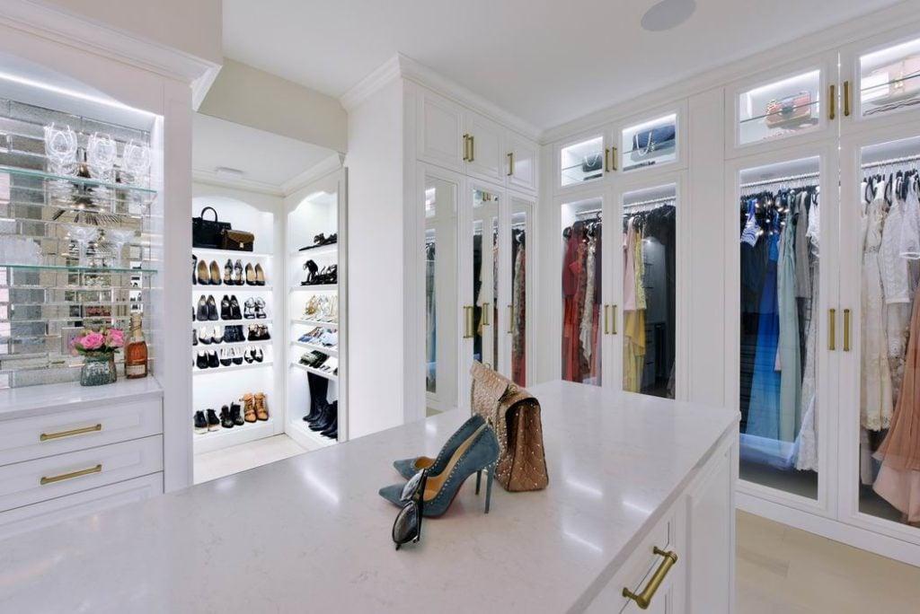 2019 Housing Design Awards Ottawa design awards Deslaurier Custom Cabinets & West of Main walk-in closet Erik Karlsson