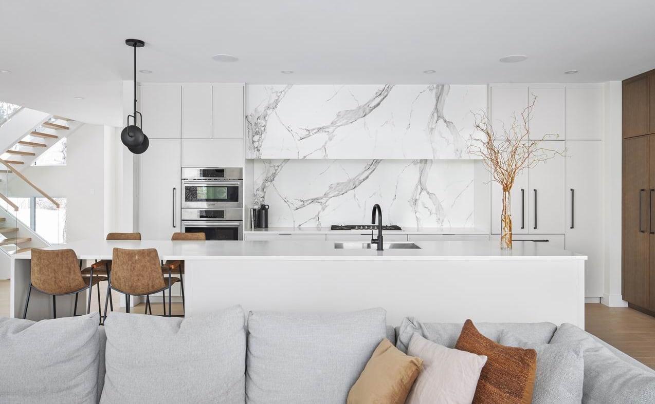 2019 NKBA awards Ottawa white kitchen marble backsplash