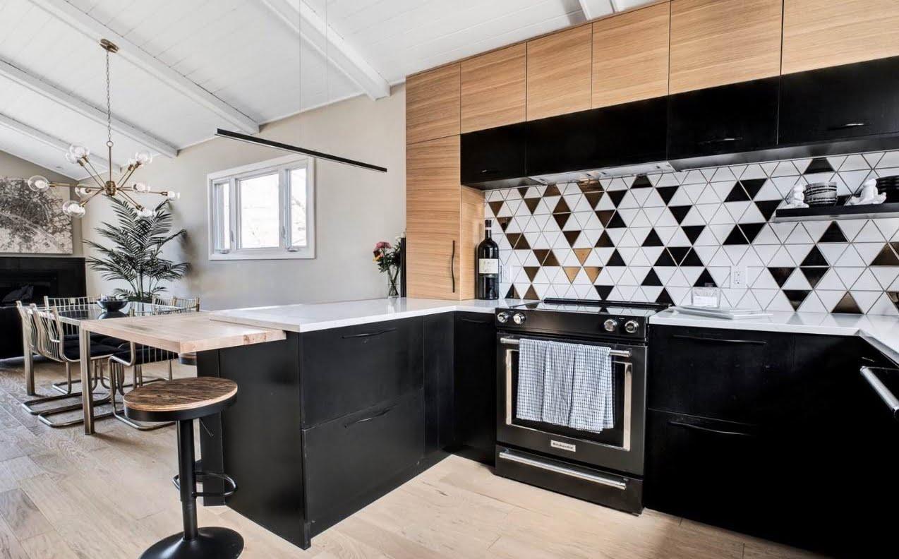 Ottawa kitchen metallic tile geometric