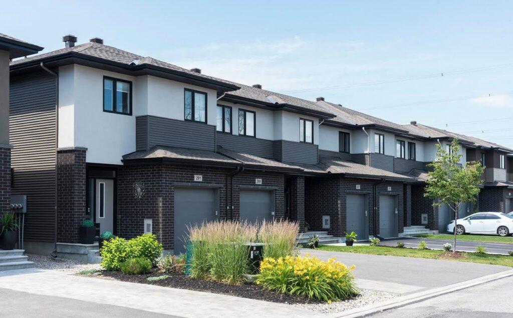 Ottawa suburbs townhomes