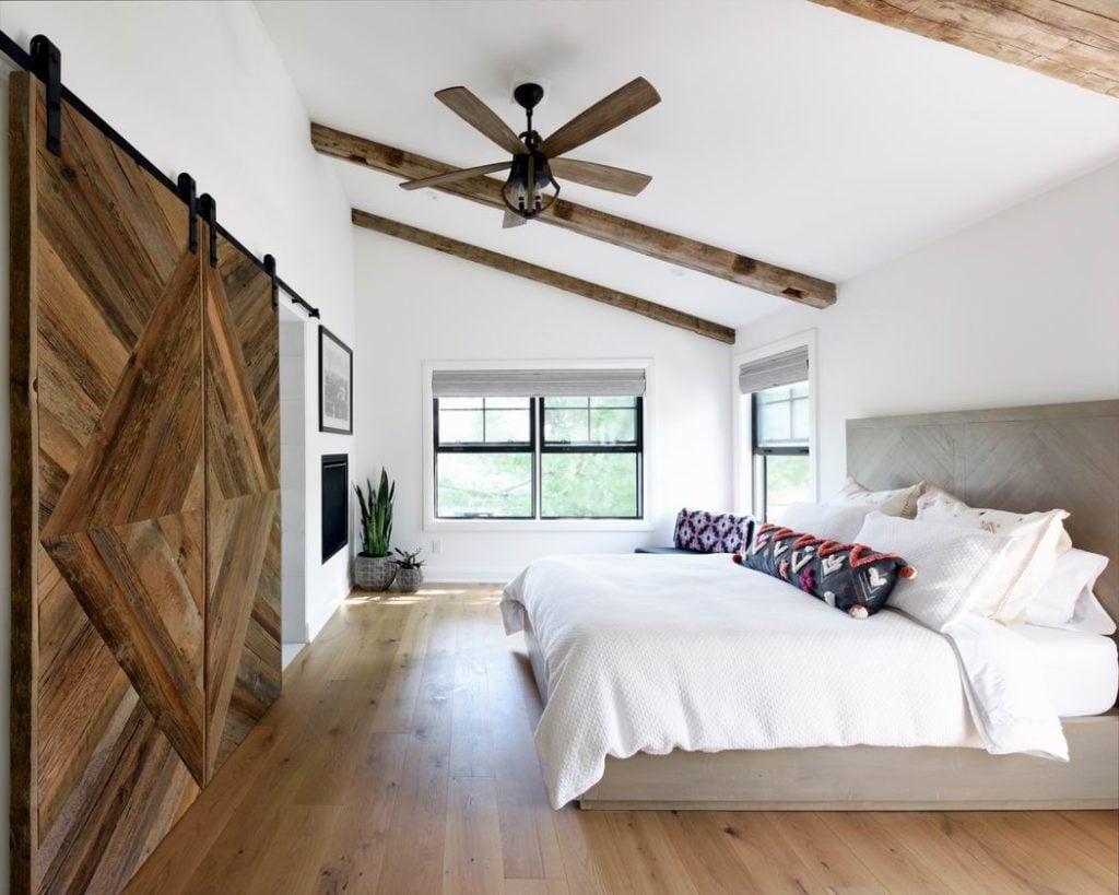 Gordon Weima Design Build modern farmhouse custom home winner