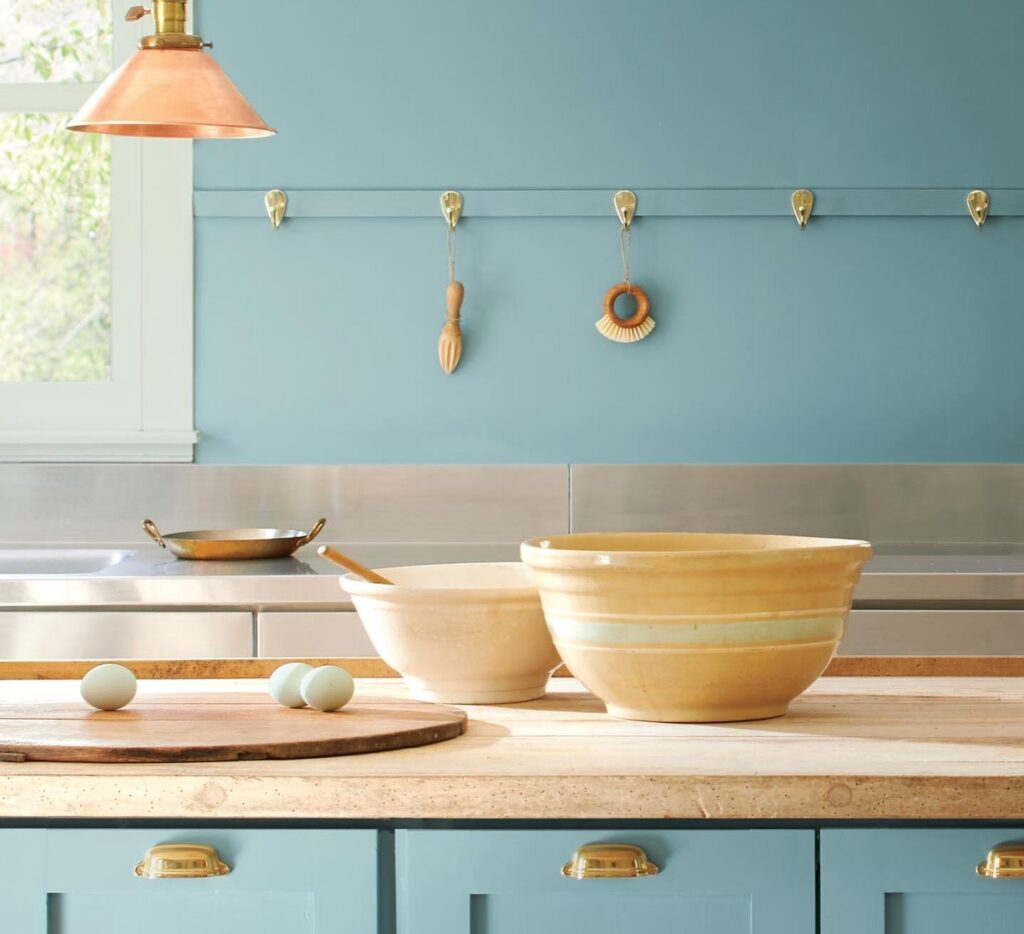 Benjamin Moore 2021 colour of the year Aegean Teal 2021 Ottawa housing and design trends