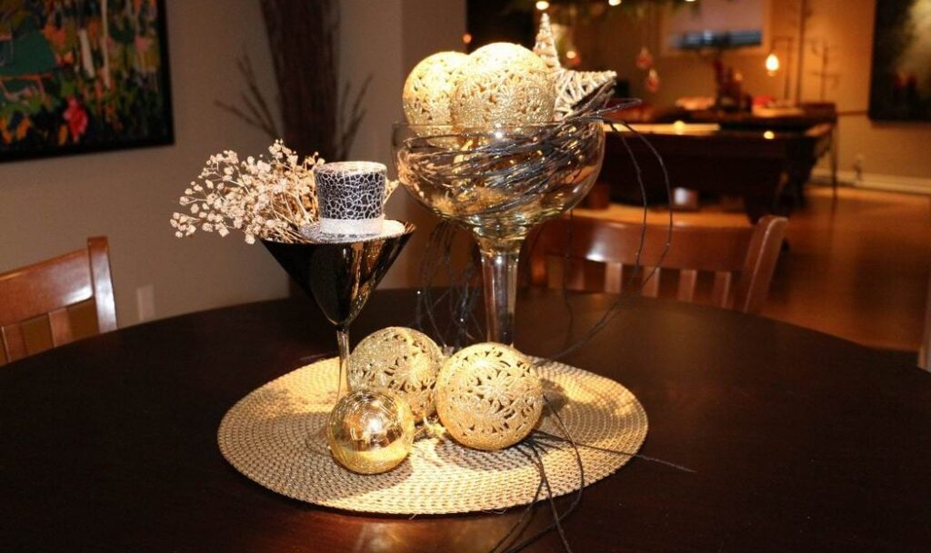 Homes for the Holidays Trillium Floral Designs Christmas decorating New Years Eve