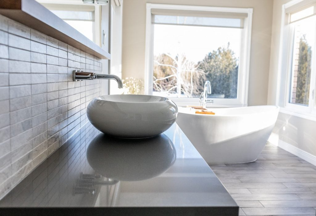 cleaning grout sink and faucet ensuite Ottawa bathroom