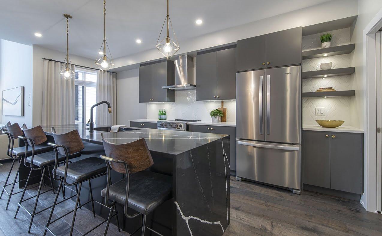 Bradley Commons Urbandale Construction Ottawa new homes Endeavour model