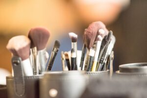 how often should you clean that makeup brushes