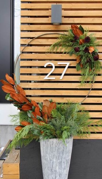 Homes for the Holidays Alta Vista Flowers Christmas decorating outdoor container magnolia leaves