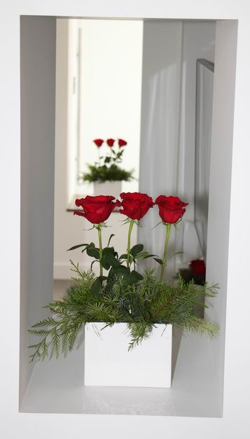 Homes for the Holidays Alta Vista Flowers Christmas decorating roses