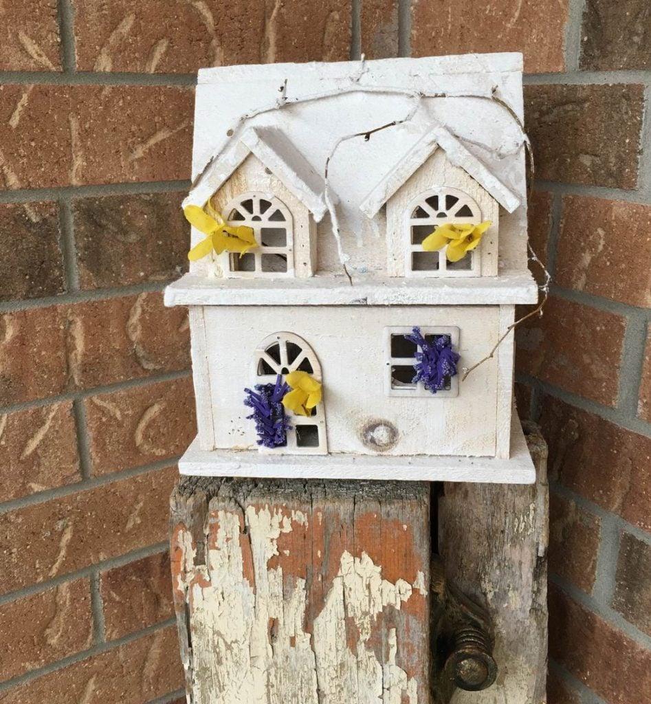 Sue Pitchforth Decor Therapy Plus porch decor